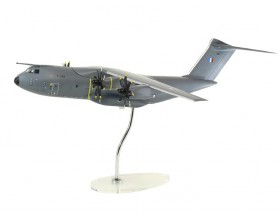 Maquette executive A400M échelle 1:100 - Armée de l'air