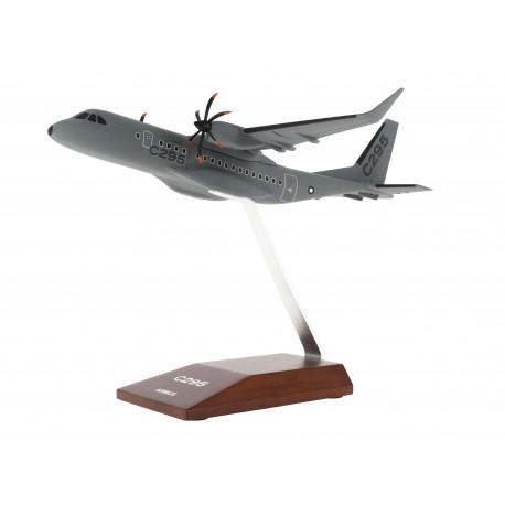 Maquette C295 échelle 1:100