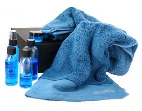 Kit de viaje y toalla