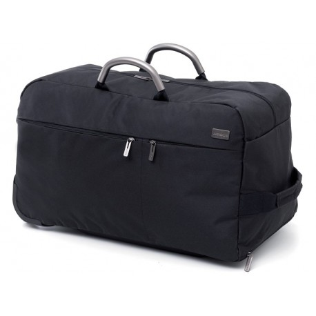 Duffle bag on wheels
