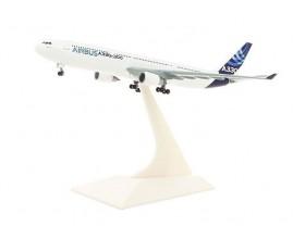 A330-300 1:400 scale model