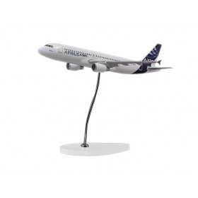 "Modelo ""executive"" A320 motores CFM escala 1:100"