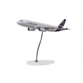 "Modelo ""executive"" A320 motores IAE escala 1:100"