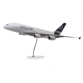 "Maquette ""executive"" A380 moteurs RR echelle 1:100"